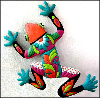 hand painted metal frog wall hanging - tropical design